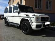 Самый крутой кортеж в Астане из черных и белых Mercedes-Benz G-Class,
